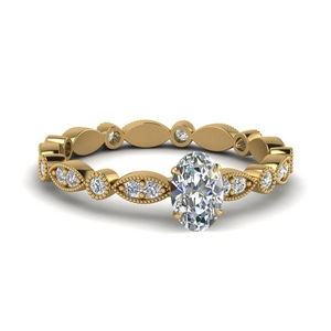 Oval Shaped Diamond Side Stone Rings