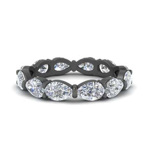 3 Ct. Pear Diamond Black Gold Band