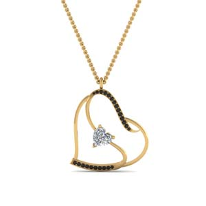 Heart Design Pendant With Black Diamond