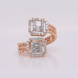 Cluster Halo Diamond Ring