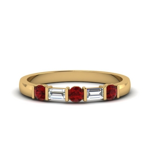 round and baguette diamond band with ruby in 18K yellow gold FDWB1912BGRUDR NL YG