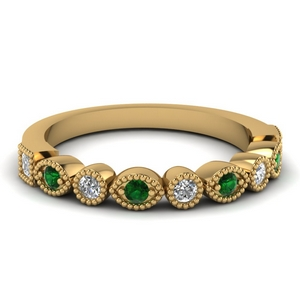 18K Gold Women Band With Emerald